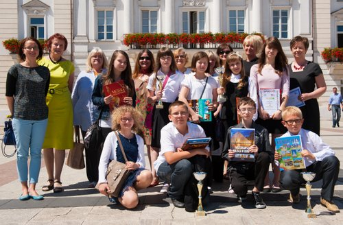 Fotografie z artykułu: Podsumowanie XIX Międzyszkolnej Ligi Przedmiotowej